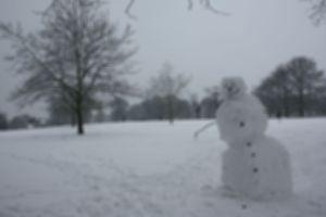 snowman blurry